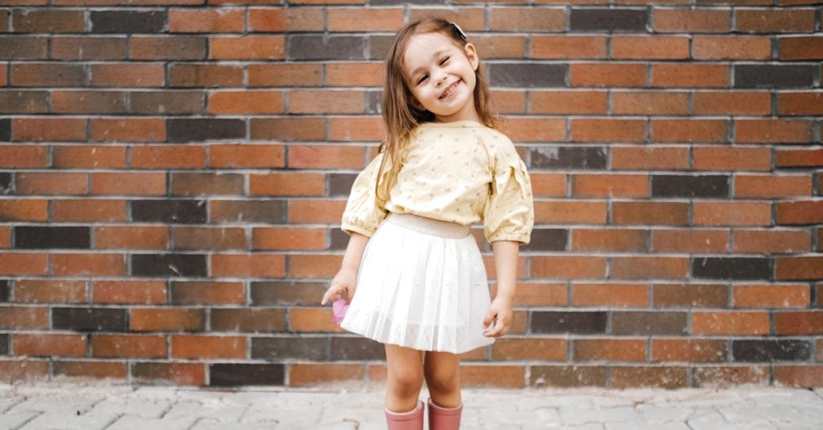 Kız Çocuk Elbise Modelleri Nasıl Olmalıdır?